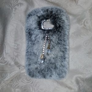 Samsung Galaxy S6 grey fur phone case